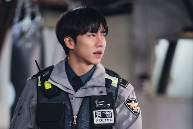 Chết chìm với sự mlem của rể quốc dân Lee Seung Gi, từ body đến gương mặt đều là hàng cực phẩm! - ảnh 22