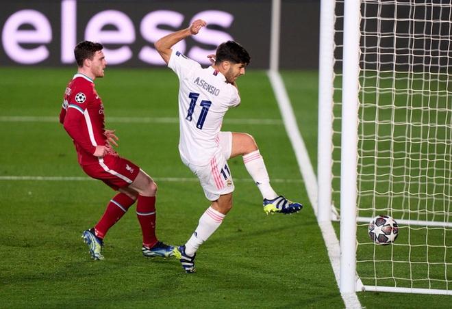 Vắng cả cặp trung vệ số 1, Real Madrid vẫn đủ sức đè bẹp Liverpool - ảnh 8
