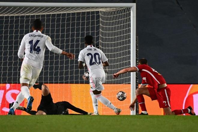 Vắng cả cặp trung vệ số 1, Real Madrid vẫn đủ sức đè bẹp Liverpool - ảnh 10