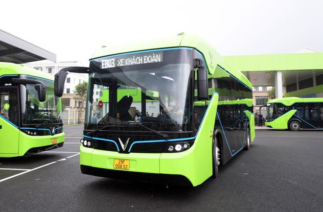 Ảnh: VinBus chính thức khai trương, đưa vào vận hành tuyến xe buýt điện thông minh đầu tiên của Việt Nam - ảnh 14