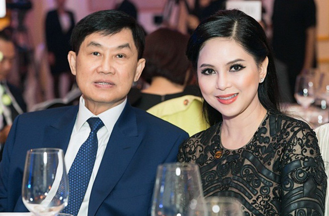 Tỷ phú Johnathan Hạnh Nguyễn từng yêu điên cuồng: Đi mọi chuyến bay mà vợ làm tiếp viên, vé có thể lấp đầy cả một căn phòng lớn - ảnh 6