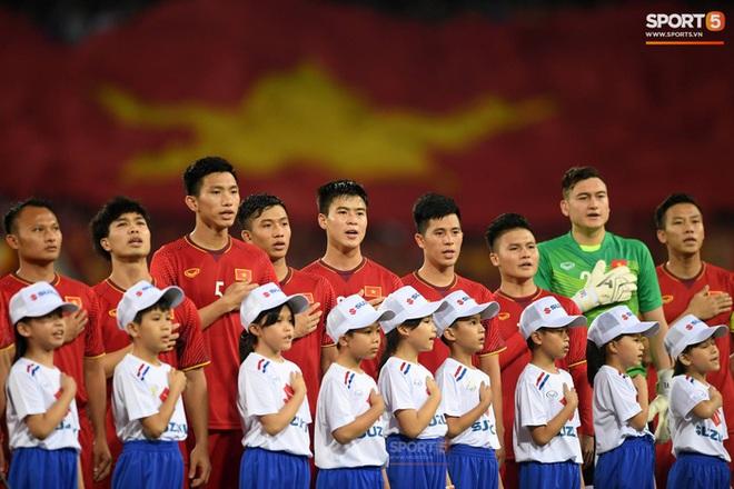 Đội tuyển Việt Nam lùi lịch tiêm vaccine Covid-19 - ảnh 1