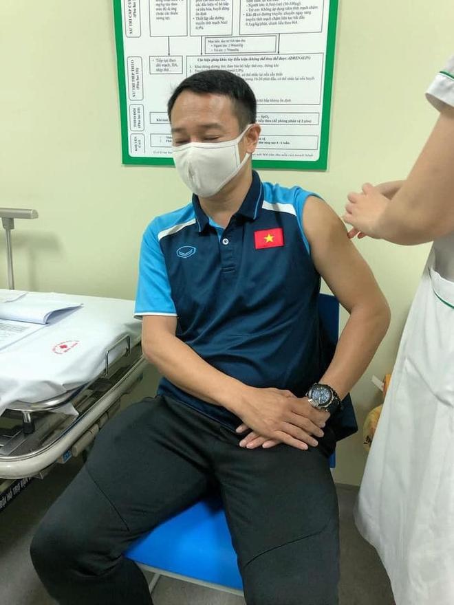 Đội tuyển Việt Nam lùi lịch tiêm vaccine Covid-19 - ảnh 3