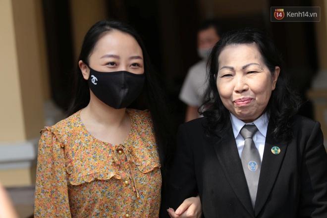 Vụ nữ tiếp viên hàng không bị xe Mercedes tông thương tật 79%: Yêu cầu xác minh việc bị cáo chuyển nhượng căn hộ trong thời gian bị tạm giam - ảnh 2