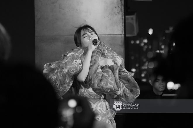 Văn Mai Hương quên lời tai hại khi trình diễn hit của Lady Gaga và cái kết nổi da gà, tự tin bắn rap rất gì và này nọ - ảnh 6