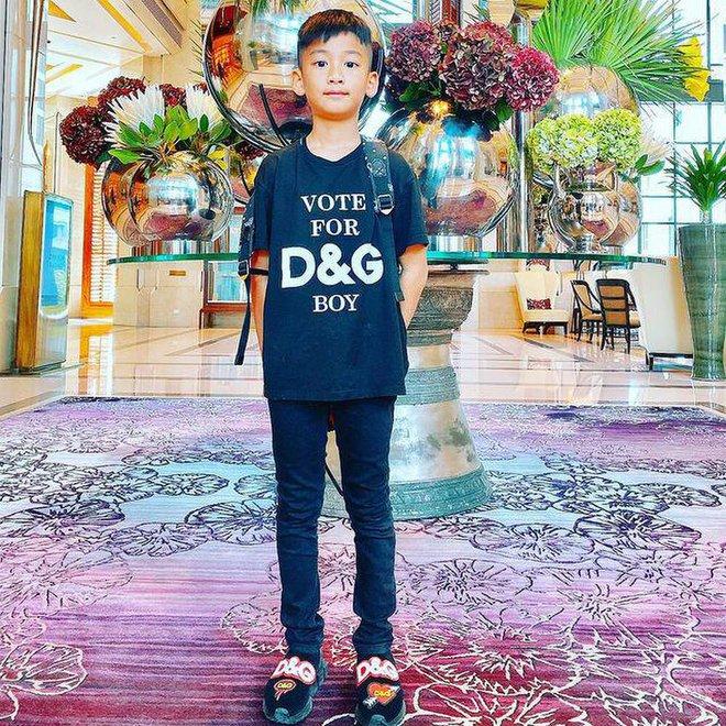 Rich kid thế hệ mới gọi tên con trai Lệ Quyên: Sinh nhật được cả dàn sao Vbiz chúc, sống sang chảnh không thiếu gì - ảnh 9