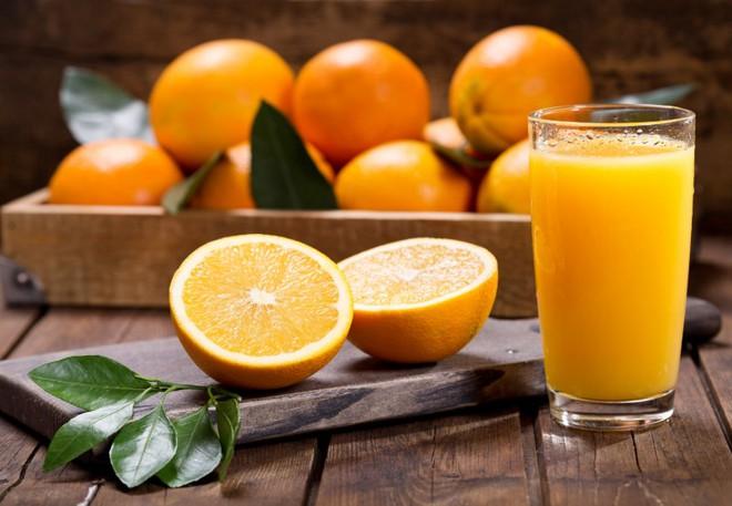 Trong ngày có một thời điểm tốt nhất để uống nước cam: Biết tận dụng thì hiệu quả tăng gấp đôi, đặc biệt là ngừa bệnh tim và đột quỵ - ảnh 2