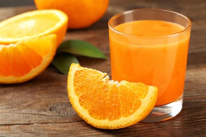 Trong ngày có một thời điểm tốt nhất để uống nước cam: Biết tận dụng thì hiệu quả tăng gấp đôi, đặc biệt là ngừa bệnh tim và đột quỵ - ảnh 3