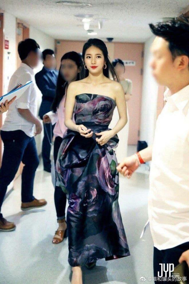 Nữ thần Baeksang gọi tên Suzy: 5 năm làm host rung chuyển xứ Hàn vì visual tuyệt mỹ, đỉnh nhất lần hở bạo và xén tóc ngắn cũn - ảnh 5