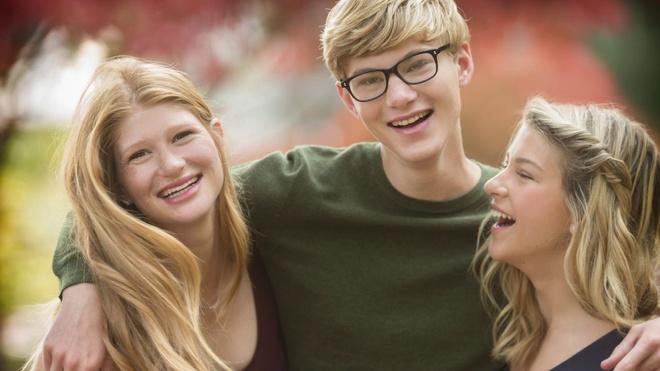 3 con nhà tỷ phú Bill Gates - tinh hoa của cuộc hôn nhân 27 năm cùng vợ cũ: Nhìn profile học tập khủng chỉ biết xuýt xoa con nhà người ta - ảnh 2