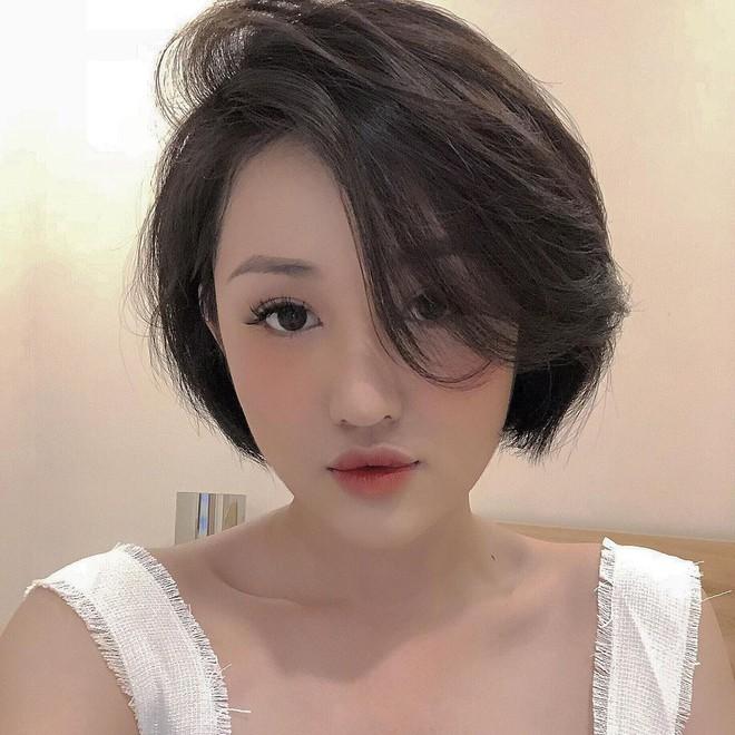 Cựu hot girl Sài Gòn khoe nhan sắc mẹ đẹp nức nở, di truyền hết cho con gái ở hiện tại - ảnh 3