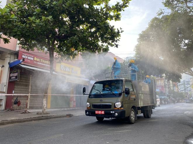 1 ca nhiễm Covid-19, hơn 300 người trong khu công nghiệp ở Đà Nẵng bị cách ly - ảnh 2