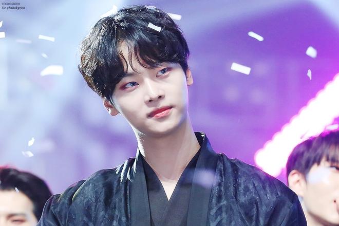 Sao Hàn lên chức CEO: Tài tử Bae Yong Joon thành ông hoàng đế chế, Ha Ji Won - Hyun Bin chưa sốc bằng nam idol Kang Daniel 23 tuổi - ảnh 14