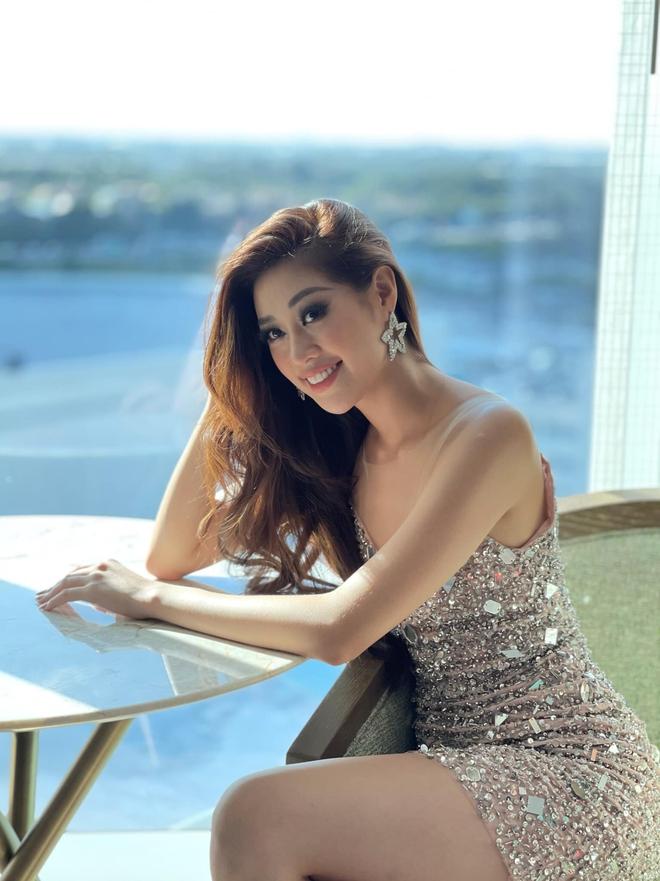 Nhìn Khánh Vân thay outfit ở Miss Universe mà thích cả mắt, mỗi ngày 1 kiểu không đụng hàng bảo sao được truyền thông quốc tế săn đón - ảnh 4