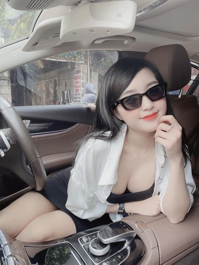 Lê Phương Anh - gái xinh đang hot trên mạng là ai? - ảnh 2