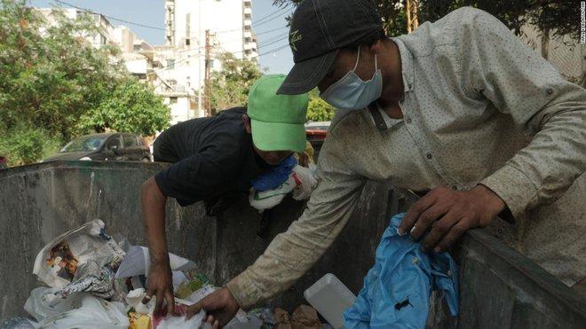 Lên xế hộp, xuống ăn mày: Bi kịch của đất nước từng một thời giàu sang, nay phải sống thoi thóp qua ngày bằng những bãi rác - ảnh 6