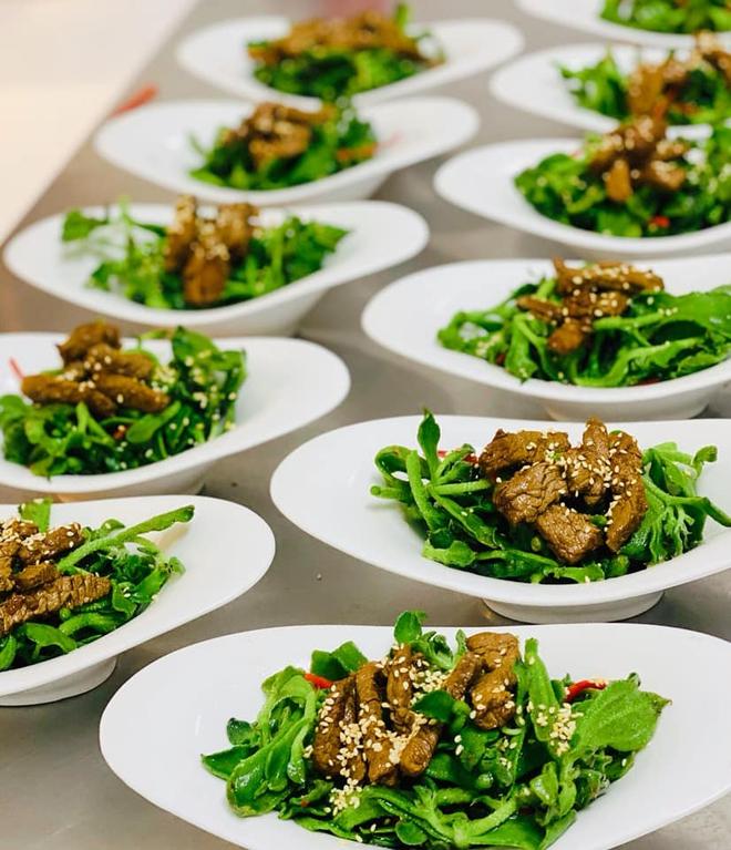 Loại rau đắt hơn thịt mà Ngọc Trinh ăn hàng ngày để giữ dáng và giúp đẹp da - ảnh 5