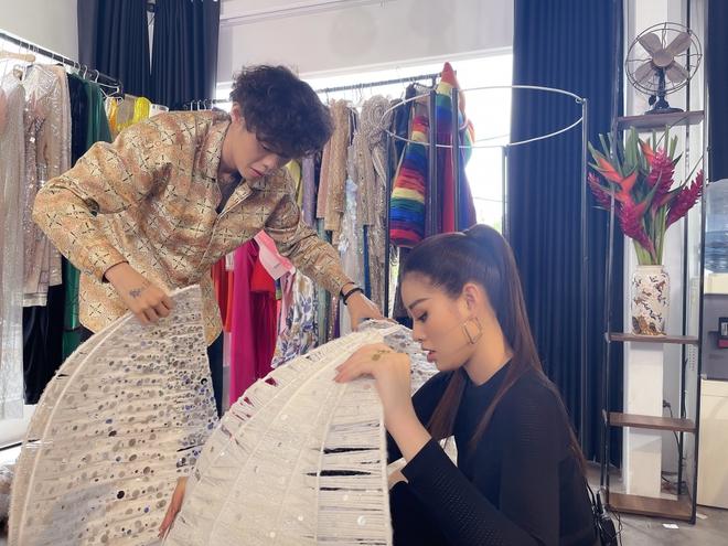 Bên trong 15 vali Khánh Vân mang đến Miss Universe: Đầu tư chỉn chu từ váy áo đến phụ kiện, riêng 1 chi tiết xứng đáng 10 điểm - ảnh 10
