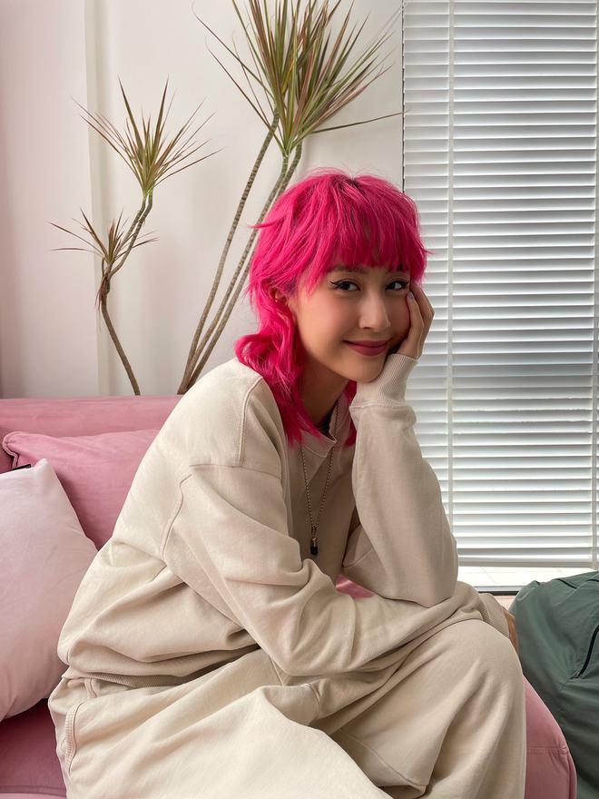Tự cosplay lại chính mình thời đi học: AMEE làm em bé mãi không lớn, hot girl Phan Đình Phùng ngày nào đã thành fashionista vạn người mê - ảnh 2