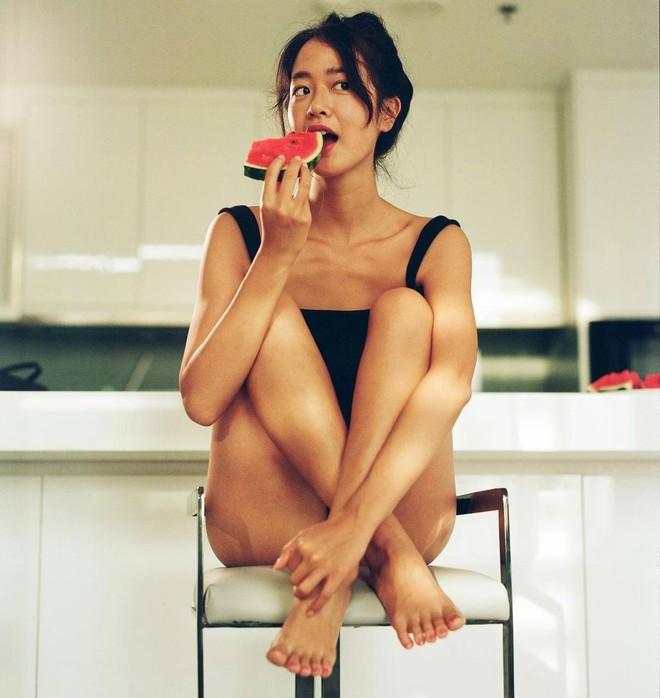 Nữ chính trốn tìm trong MV Đen Vâu là gái xinh người Pháp gốc Việt từng gây sốt MXH, vào ngắm ảnh Instagram mà mê luôn! - ảnh 7