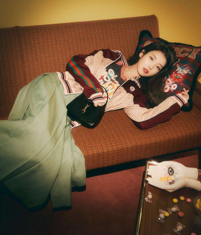 IU diện đồ Gucci và nhận loạt lời cay đắng từ netizen: Giống mấy bạn hot girl mạng cố học đòi diện hàng hiệu! - ảnh 6