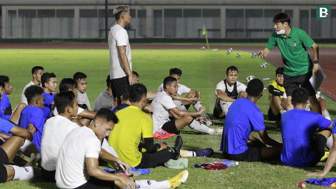 Tuyển Việt Nam loại 10 cầu thủ trước khi sang UAE - ảnh 2
