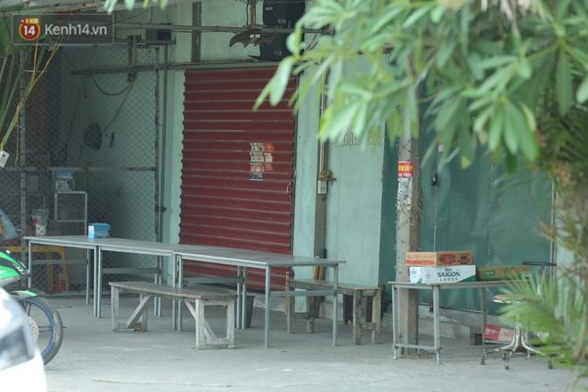 Ảnh: Bắc Giang lập chốt phong toả huyện Việt Yên sau khi phát hiện ổ dịch Công ty Hosiden, hàng chục nghìn người bị cách ly - ảnh 18