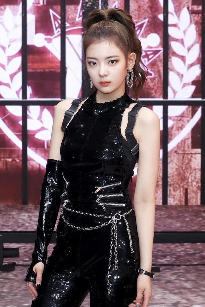 """30 nữ idol hot nhất Kpop: Mỗi Jennie """"sống sót"""" giữa girlgroup hiện tượng và ITZY, BLACKPINK - Red Velvet tụt hạng nghiêm trọng - ảnh 8"""