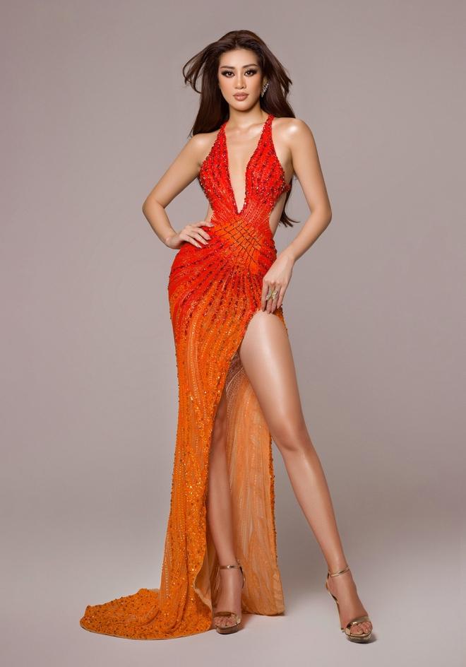 Cận cảnh trang phục dạ hội Khánh Vân chuẩn bị nhưng không được diện lên sân khấu Chung kết Miss Universe 2020 - ảnh 1