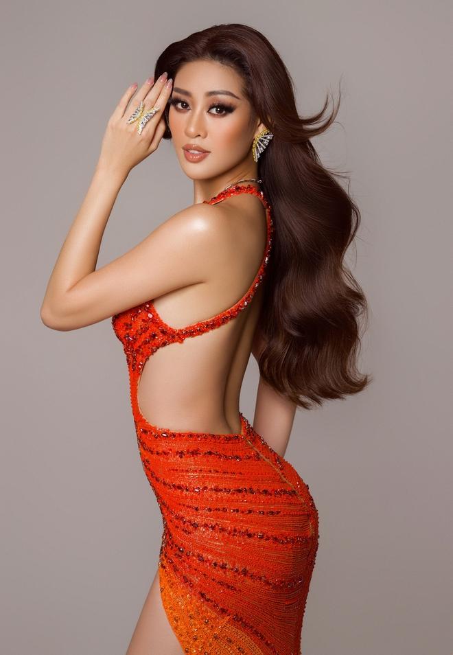 Cận cảnh trang phục dạ hội Khánh Vân chuẩn bị nhưng không được diện lên sân khấu Chung kết Miss Universe 2020 - ảnh 10