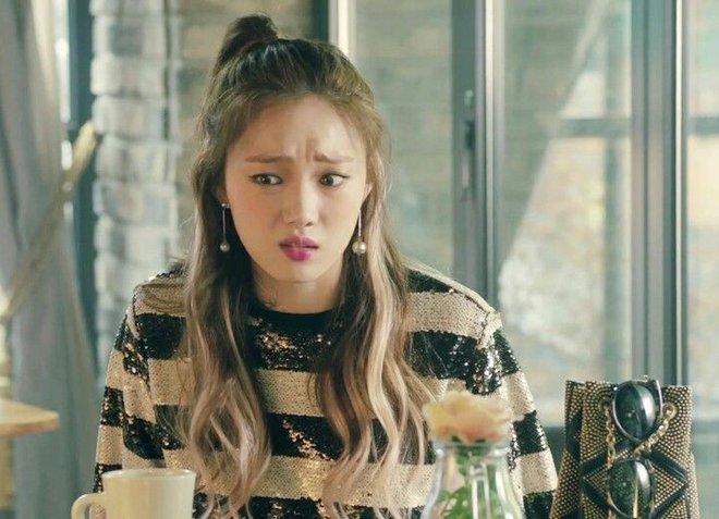 Ngắm Lee Sung Kyung cân trọn mọi kiểu tóc và màu nhuộm, chị em cũng tia được cho mình vài kiểu đi chơi hè đấy - ảnh 6