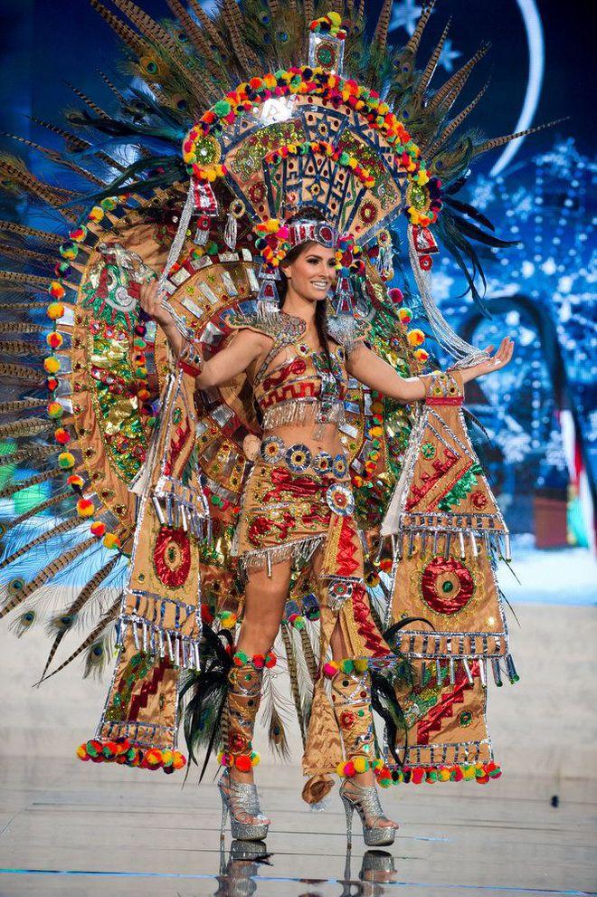 Hãy để tân Hoa hậu Hoàn vũ năm nay định nghĩa cho bạn biết thế nào là mặc xấu! - ảnh 2