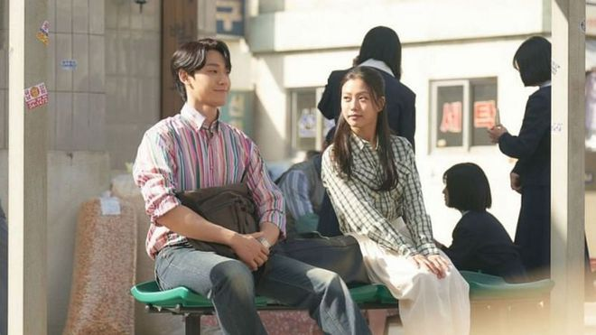 Phim của tân binh Baeksang đá bật Song Joong Ki lẫn Lee Seung Gi, ẵm điểm cao nhất đầu năm 2021! - ảnh 5
