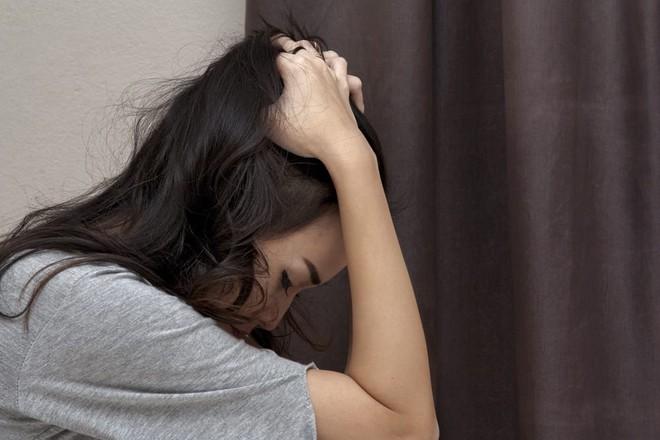 Người phụ nữ 38 tuổi đột tử vì nhồi máu não, bác sĩ chỉ ra 3 thói quen xấu của nhiều người dễ dẫn đến bi kịch này - ảnh 1