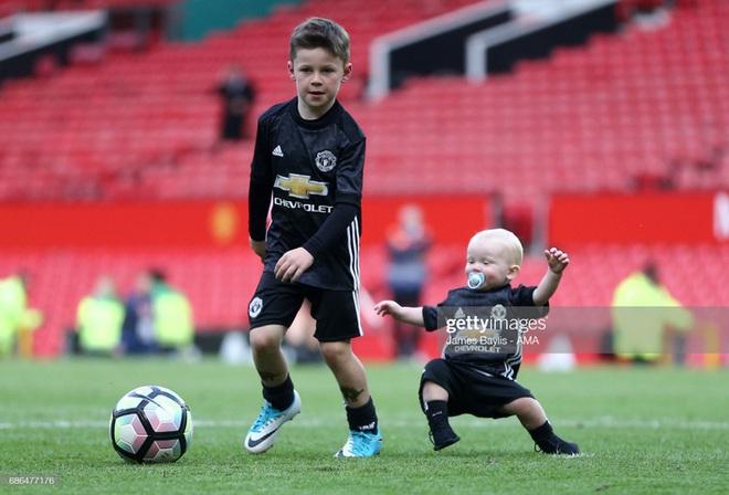Hổ phụ sinh hổ tử: Con trai Rooney hủy diệt đối thủ, 6 lần lập công trong 1 trận đấu - ảnh 1
