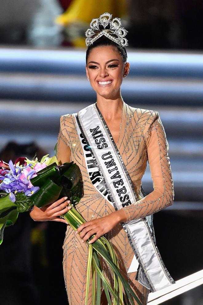5 nàng hậu Miss Universe hội tụ tạo ra khung hình toàn đệ nhất mỹ nhân: Ai cũng visual đỉnh chóp, khó lòng phân thắng bại - Ảnh 6.