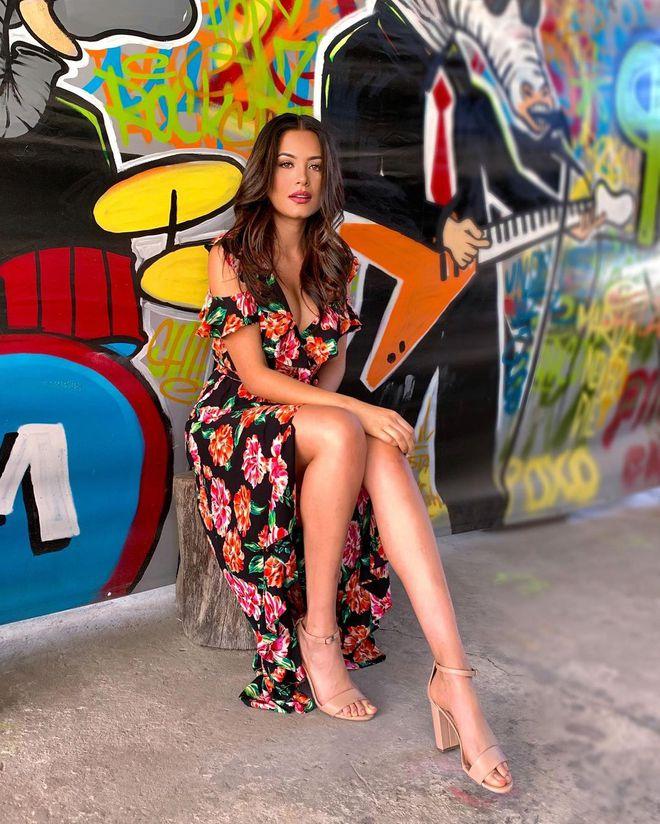 Style đời thường của tân Hoa hậu Hoàn vũ Mexico: Chuẩn bánh bèo chúa khi diện toàn váy áo hoa lá hẹ - ảnh 10