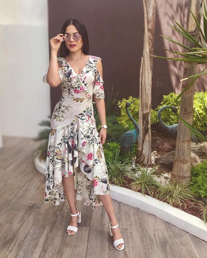 Style đời thường của tân Hoa hậu Hoàn vũ Mexico: Chuẩn bánh bèo chúa khi diện toàn váy áo hoa lá hẹ - ảnh 5