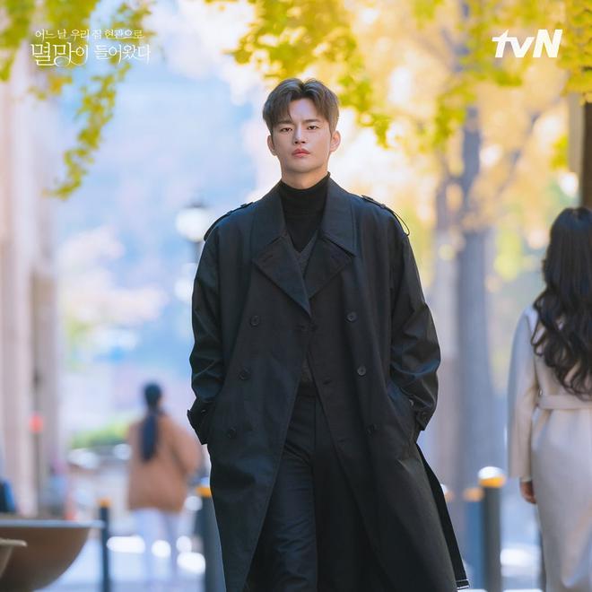 Bạn trai Park Bo Young gây sốt với nhan sắc chuẩn bad boy, netizen la ó hủy diệt tim em rồi - ảnh 5