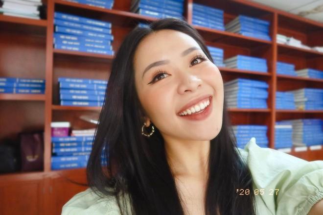Đâu phải ai sinh ra cũng đẹp, đến Khánh Vân cũng phải chịu khó niềng răng mới hoàn hảo như bây giờ - ảnh 11