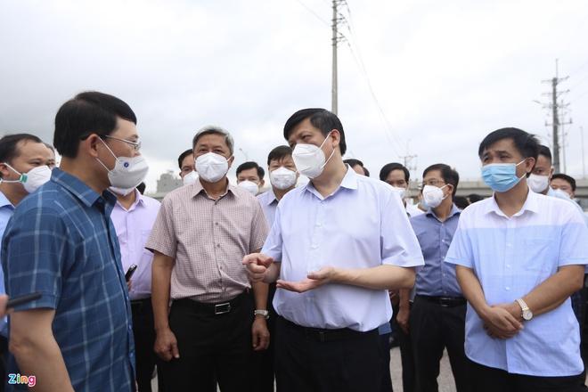 Diễn biến dịch ngày 18/5: Thêm 1 công ty ở Bắc Giang có 30 mẫu dương tính, Đà Nẵng xét nghiệm SARS-CoV-2 gần 66.000 đại diện hộ dân - Ảnh 1.