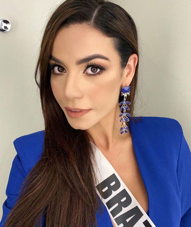 Á hậu 1 Miss Universe 2020 từng diện quốc phục gây đau mắt, hành trang chinh chiến chỉ hơn 10 bộ đồ - ảnh 6