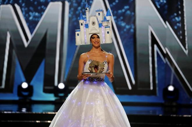 Thi 3 năm rồi, HHen Niê vẫn lọt BXH quốc phục gây bất ngờ nhất lịch sử Miss Universe, Khánh Vân - Hoàng Thuỳ cũng được nhắc tới - Ảnh 11.
