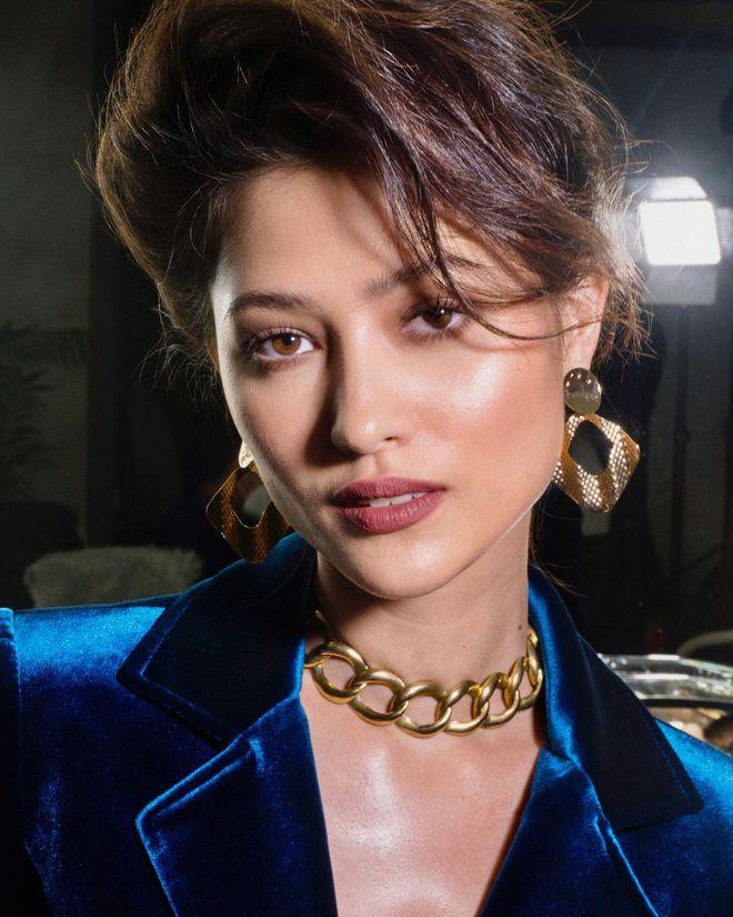 Đối thủ nặng ký của Kim Duyên ở Miss Universe 2021: Đẹp đến mức chưa thi đã được đoán thành Hoa hậu, profile còn khủng hơn - Ảnh 4.