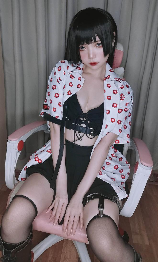 """Nữ cosplayer Việt """"đốn tim"""" cộng đồng mạng với vẻ đẹp tựa như búp bê - Ảnh 4."""