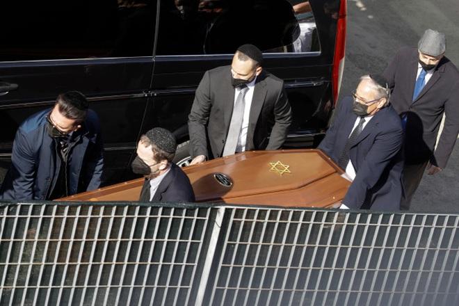 Tiết lộ nguyên nhân dẫn đến tai nạn cáp treo khiến 14 người chết ở Italy: 3 nghi phạm bị bắt giữ, hình ảnh cuối cùng chụp trong cabin gây nhói lòng - Ảnh 5.