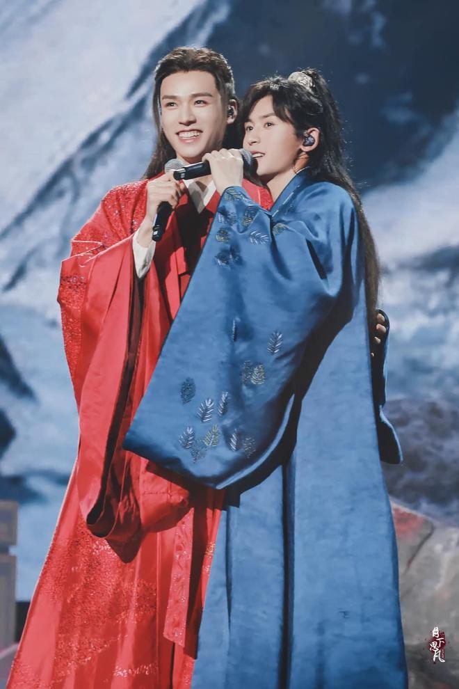 Sau concert hoành tráng, Sơn Hà Lệnh bị tố cọ nhiệt Lưu Ly Mỹ Nhân Sát - ảnh 2