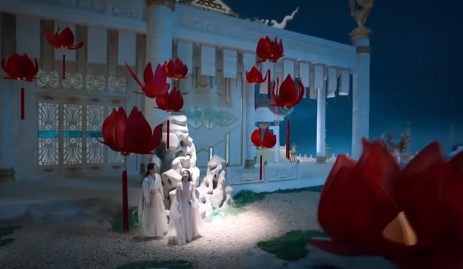 Cảnh nóng của Dương Tử - Đặng Luân ở Hương Mật rầm rộ trở lại, hóa ra cũng trừu tượng na ná Trường Ca Hành? - ảnh 3