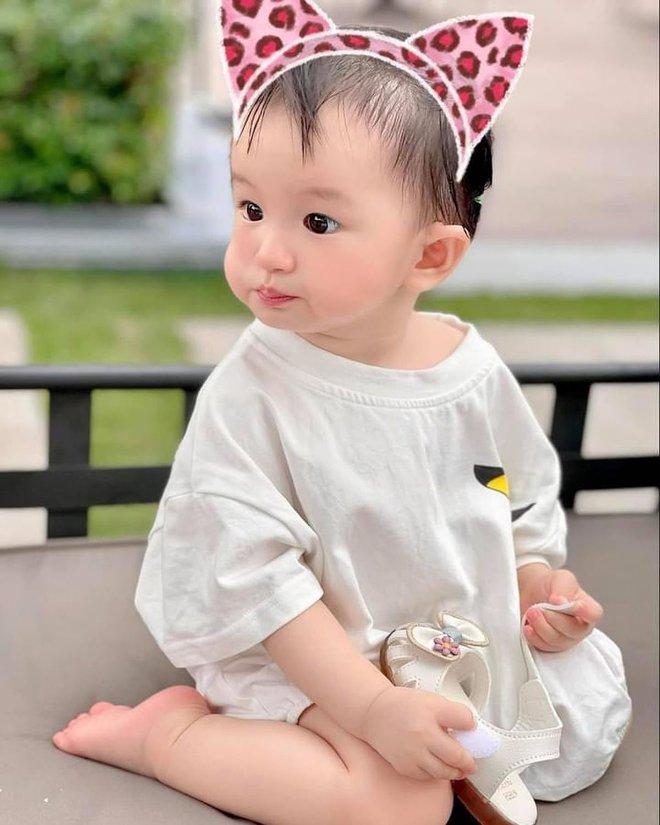 Bị netizen nói đẻ con gái sau này con rể ăn hết, nữ đại gia có căn biệt thự gần 200 tỷ đáp trả căng đét - ảnh 4