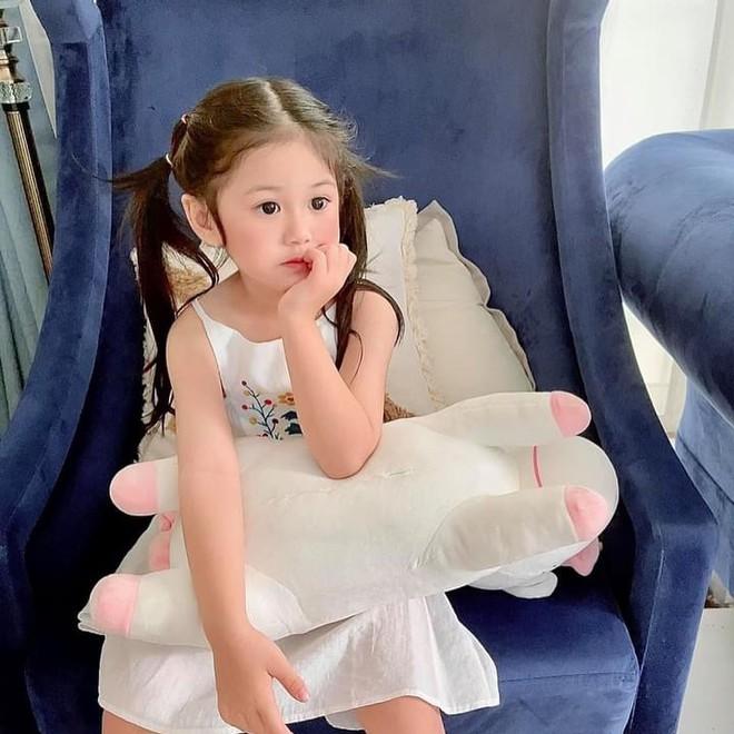 Bị netizen nói đẻ con gái sau này con rể ăn hết, nữ đại gia có căn biệt thự gần 200 tỷ đáp trả căng đét - ảnh 3